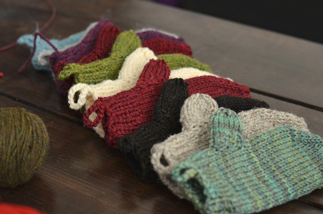 Knitting Holidays In France : Holiday knitting glenna knits